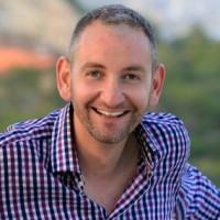 Νικόλας Ουρανός, Relationship Expert