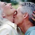 """""""Ένα φιλί εξαφανίζει τα χρόνια και κάνει την καρδιά και πάλι νέα!"""""""