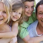 Οικογένεια: Μήπως η πηγή της ευτυχίας είναι ήδη στο σπίτι μας;