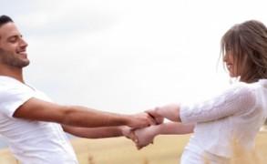 10 σημάδια που αναδεικνύουν ότι έχετε βρει τον ιδανικό σύντροφο
