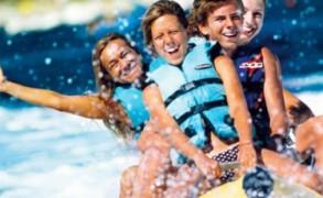 Επιλέξτε το θαλάσσιο σπορ που σας ταιριάζει για ένα… συναρπαστικό καλοκαίρι!