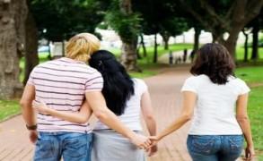 Απιστία: γιατί οι άνθρωποι στις σχέσεις αναζητούν μία έξοδο κινδύνου;