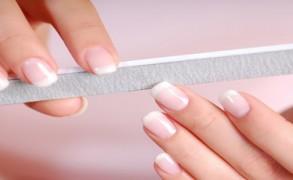Πέντε συμβουλές για υγιή και δυνατά νύχια