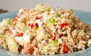 Σαλάτα με κινόα: νόστιμη και θρεπτική!