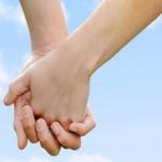 Ποια είναι τα χαρακτηριστικά που βοηθούν μια σχέση;