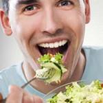 Πιο ευδιάθετοι όσοι τρώνε πολλά φρούτα και σαλάτες
