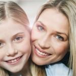 Πώς να μιλήσεις στην κόρη σου για το σώμα της