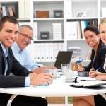 """Πώς να βελτιώσετε την """"ατμόσφαιρα"""" στο γραφείο"""