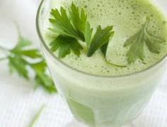 Τρεις συνταγές για τα πιο υγιεινά πράσινα smoothies