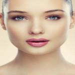 13 συμβουλές ομορφιάς που θα θέλαμε να δώσουμε στον νεότερο εαυτό μας