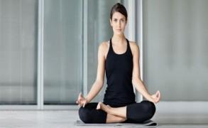 6 Δροσιστικές Καλοκαιρινές yoga asanas