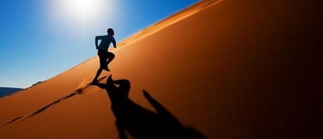 running-desert-604x270