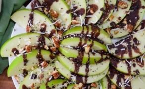 Σνακ Μήλου με επικάλυψη σοκολάτας και ξηρούς καρπούς