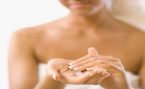 Ενυδάτωση μετά το μπάνιο: Το μαγικό trick