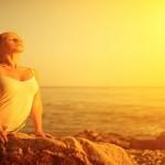 Πώς η γιόγκα μας κάνει πιο ευτυχισμένους