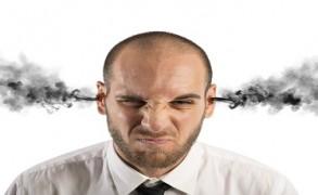Ο καταπιεσμένος θυμός υπονομεύει τη ζωτική μας ενέργεια