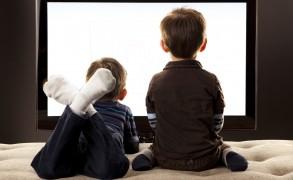 Ο κανόνας «3-6-9-12» για τα παιδιά και την οθόνη: Συνέντευξη με τον Γάλλο ψυχαναλυτή Serge Tisseron