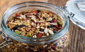 8 τροφές για υγιή και  λαμπερή επιδερμίδα