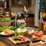 Ακατάστατη κουζίνα και διατροφή