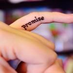 12 υποσχέσεις που αξίζει να δώσετε στον εαυτό σας και να κρατήσετε για πάντα
