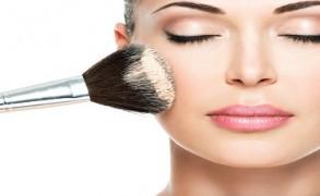 Γιατί το φθηνό μακιγιάζ είναι ο χειρότερος εχθρός σας