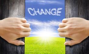 Irvin D. Yalom: «Ποτέ δεν είναι αργά για αλλαγές..»