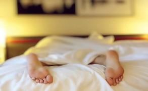 Πέντε (5) συμβουλές για έναν καλύτερο ύπνο