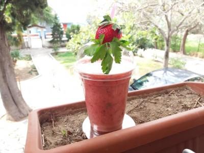 inspireyourlife_strawberry_smoothie